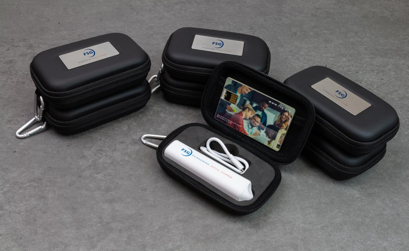 Impact S - Clé USB Personnalisée et Batterie Externe Personnalisée
