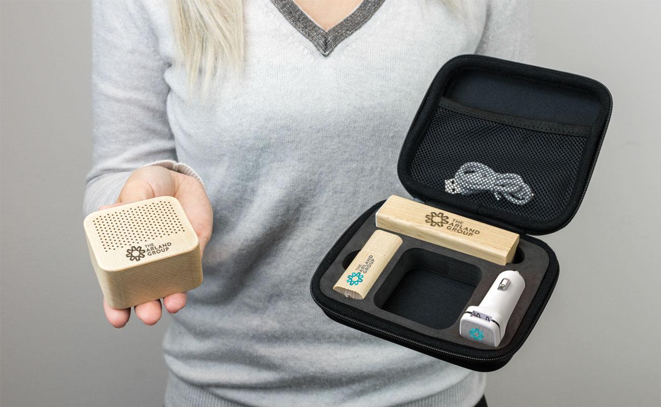 Maple L - Clé USB Personnalisée, Batterie Externe Personnalisée, Custom Car Charger et Enceinte Professionnel